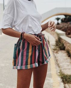 fashion street wear street style photography style hipster vintage design landscape illustration food diy art lol style lifestyle decor street sty… - All About Look Fashion, 90s Fashion, Fashion Outfits, Spring Fashion, Fashion Mode, Fashion Ideas, Trendy Fashion, Latest Fashion, Indie Fashion