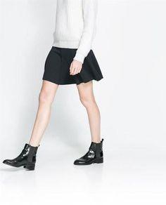 Mini Skirt with Strechy waist