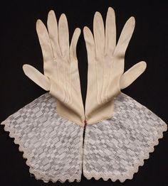 Vintage Antique Art Deco Gauntlet Gloves Ladies Size M Vintage Unused - Gauntlet Gloves, Vintage Outfits, Vintage Fashion, Art Deco, Vintage Gloves, Antique Clothing, Ecru Color, Lady, 1930s