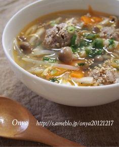 肉団子ときのこのピリ辛スープ♪