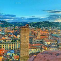 Bologna dalla Torre Prendiparte - Instagram by cinziabfc