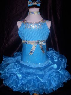pretty girl pagent blue dress