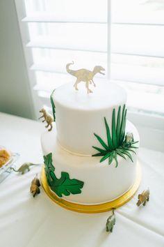 White, Green, and Gold Dinosaurs Dinosaur Birthday Party – White, Green, and Gold Dinosaurs Dinosaur First Birthday, Dinosaur Party, 3rd Birthday, Dinosaur Dinosaur, Birthday Ideas, Boy Baby Shower Themes, Baby Boy Shower, Dinosaur Cakes For Boys, Indian Cake