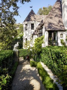 When it's raining in Paris, designer Jean-Louis Deniot simply hops a plane to his blissful hideaway in sunny Los Angeles California Living, Tudor House, Tudor Style, Top Interior Designers, Global Design, Spanish Style, Architectural Digest, Colorful Interiors, Landscape Design