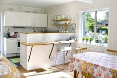 Great ideas for those small apartment size kitchens. New kitchen by Craft & Creativity, via Flickr
