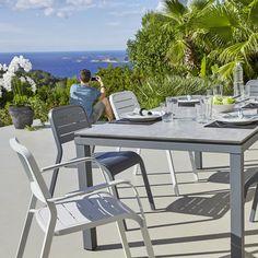 Salon 4 pièces 1 canapé, 2 fauteuils, 1 table basse en résine ...