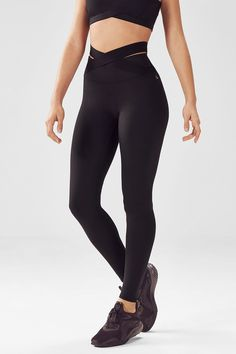 Super soft, stretchy and comfortable yoga leggings. Order these toContinue readingYoga Leggings Legging Outfits, Komplette Outfits, Dance Outfits, Leggings Fashion, Leggings Mode, Sports Leggings, Tight Leggings, Black Leggings, Cheap Leggings
