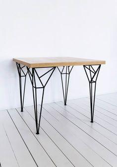 Apollo Black Table - дизайнерский обеденный стол. Скандинавский стиль. Лофт. Металлические ножки.