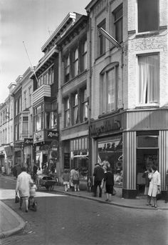 Breda. Korte Brugstraat 7-9-11-13. 1962.