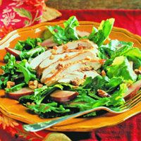 Nutrition world presents a great idea with best ingredients on how to serve chicken and pear salad on arugula. Best to celebrate pear season with this lovely late-summer chicken salad.