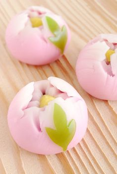Japanese peony sweets. I miss Japanese sweets so much... #Japan #delicious