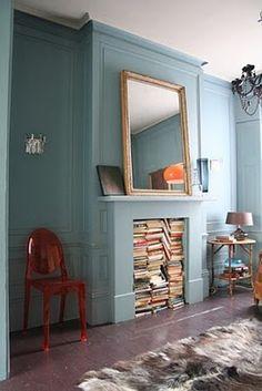 fireplace bookcase: idea for faux mantel