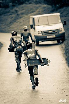 Iván Dávila, rider de Goat Longboards, con la tabla Mechanic en el IGSA Bo Peep Crash n' Burn. | Flickr - Fotosharing!