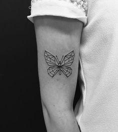 Les 56 Meilleures Images Du Tableau Tatouage Papillon Sur Pinterest