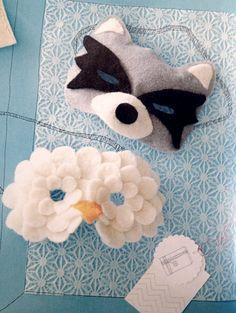 Máscaras de mapache y de lady cisne.