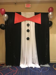 Suit and Tie backdrop display, new years or men's party Fathers Day Banner, Fathers Day Photo, Fathers Day Crafts, 50th Birthday Party, Birthday Party Decorations, Party Themes, Wedding Decorations, Little Man Birthday Party Ideas, Father's Day Celebration