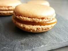 Discover recipes, home ideas, style inspiration and other ideas to try. Apple Dessert Recipes, Easy Desserts, Whole Food Recipes, Cookie Recipes, Desserts Caramel, Cake Ingredients, Macaron Thermomix, Ganache Macaron, Italian Recipes