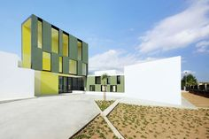 Consell Kindergarten in Majorca, Spain by Ripollitzon