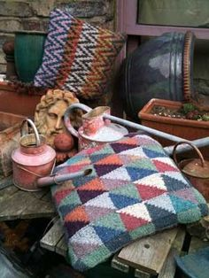 """Stone triangle cushions from the """"color guys"""""""