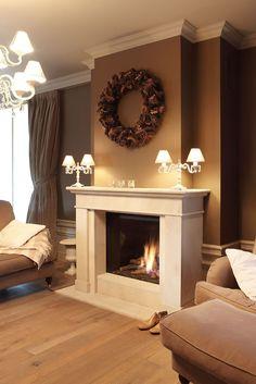 14 Fireplace Mantels: Designer Tricks for Your Living Room's Fireplace Gallery, Stone Fireplace Mantel, Family Room Fireplace, Custom Fireplace, Fireplace Surrounds, Fireplace Design, Interior Exterior, Home Interior Design, Living Room Arrangements
