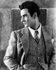 Let the Mystery Be: Archive Hollywood Men, Hollywood Icons, Old Hollywood Glamour, Hollywood Walk Of Fame, Classic Hollywood, Gilbert Roland, Bessie Love, Marcus Black, Thing 1
