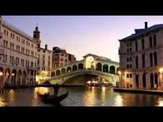 ▶ Vampire Weekend - Time to Say Goodbye (Con te Partirò) - YouTube