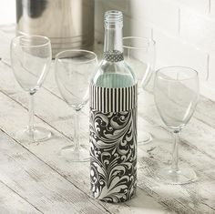 Our Can't-Miss Tip For Perfect Paper Napkin Decoupage! A perfect way to preserve special event napkins-- Mod Podge wedding napkins onto wine bottles! Decoupage Jars, Napkin Decoupage, Decoupage Tutorial, Decoupage Furniture, Glass Bottle Crafts, Bottle Art, Wedding Wine Bottles, Mod Podge Crafts, Diy Wine Glasses