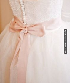 Wedding dress with colored bow – beautiful!