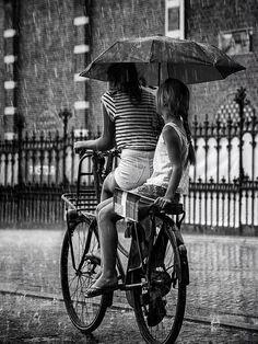 Fotografía Rainy day in Amsterdam por Edwin Loekemeijer en 500px