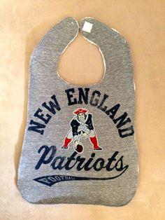 Need for Owen! Football Gear, Best Football Team, Football Stuff, Football Fans, Patriots Logo, New England Patriots Football, Patriots Fans, Red Sox Nation, Adult Bibs