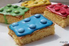 Heute zeige ich Euch eine schöne Idee für einen tollen Kindergeburtstagskuchen. Der Bausteinkuchen