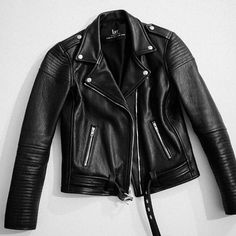 Best Leather Jackets, Leather Coats, Punk Fashion, Fashion Outfits, Cool Outfits, Casual Outfits, Winter Outfits, Badass Outfit, Outfits Mujer