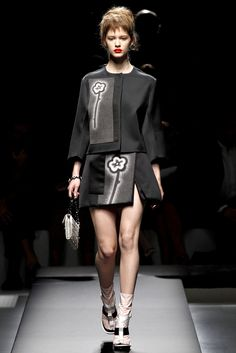 Prada Spring 2013 Ready-to-Wear Fashion Show - Isabelle Nicolay