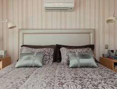 Resultado de imagem para cama embaixo do ar condicionado
