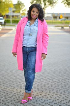 http://www.supersizemyfashion.com/2015/05/pinks-and-blues.html?utm_source=feedburner