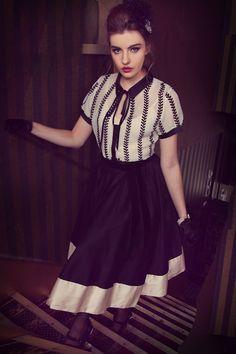 Kitten D'Amour Notre Dame Contrast Skirt - new vintage rockabilly - evening wear, black full skirt, cream, beige Buy Recent Collections: http://www.kittendamour.com/brand_collections Buy & Sell Old Collections: https://www.facebook.com/groups/1384135828515551/