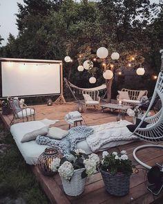 Bohemian Garden Backyard and Patio Ideas Outdoor Spaces, Outdoor Living, Outdoor Decor, Party Outdoor, Decoration Inspiration, Decor Ideas, Tv Decor, 31 Ideas, Style Inspiration