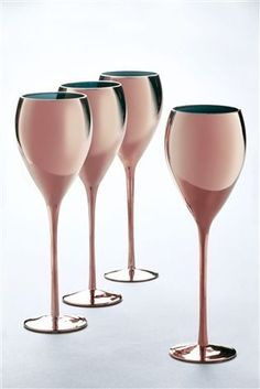 Buy Set Of 4 Rose Gold Wine Glasses from the Next UK online shop Rose Gold Wine Glasses, Crystal Wine Glasses, Rose Gold Kitchen, Copper Kitchen, Wedding Gift Cutlery, Bebidas Do Starbucks, Kitchenware, Tableware, Copper Rose