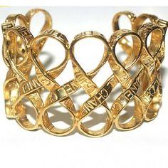 Chanel cinta del oro virada Brazalete Weave