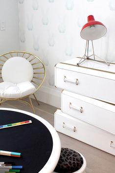 Need more white inspirations? Click and get inspired by Circu luxury with furniture for kids' bedrooms: CIRCU.NET . . #circumagicalfurniture #magicalfurniture #kids #kidsroom #kidsbedroom #kidsinteriors #kidsinteriordecor #kidsfurniture #kidsroomdecor #kidsmirror #kidsideas #interiordesign #luxurydesign #interiordesigner #architecture #bedroomdecor