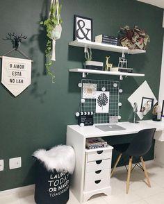Beautiful Home Office Space! #interiordecor #decor #homeoffice #creativespace #workfromhome