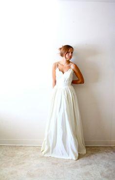 Vintage Wedding dress scalloped sweetheart by ThisVintageGirl, $275.00
