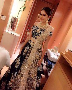 WEBSTA @ payalsinghal - #ClientDiaries #PSGirls @aishanivij in #payalsinghal #kiaralehnga #winterbrides #indianbridal #bridalwear