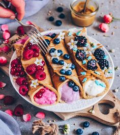 Delicious Desserts, Dessert Recipes, Yummy Food, Healthy Food, Kreative Desserts, Superfood Powder, Food Goals, Everyday Food, Food Cravings