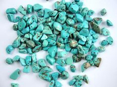 Turquoise, chips, 4 ~ 12 mm, drilled, 40 pcs from Jewelry&Hand Made by DaWanda.com