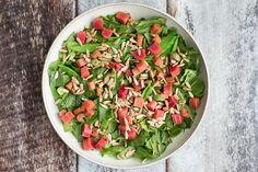 Salat med spinat og rabarber opskrift - Life By Nan