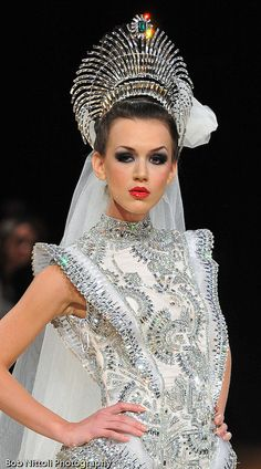 Walid Atallah Couture--Not a real tiara, but amazing to look at