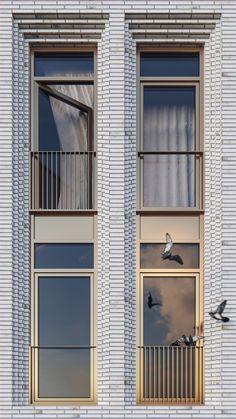 New Ideas House Facade Design Classic Brick Architecture, Concept Architecture, Residential Architecture, Contemporary Architecture, Architecture Details, Brick Design, Facade Design, Exterior Design, Brick Facade