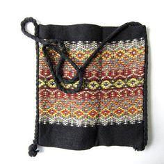Vintage tribal bag. shoulder purse. woven market bag. boho tote satchel.