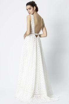 Robes de mariée RS by Amarildine Versailles
